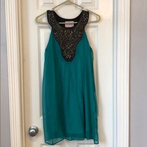 Dresses & Skirts - Green dress size s